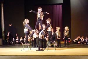 cirque TPS-PS-MS école Jeanne d'arc Sully 9